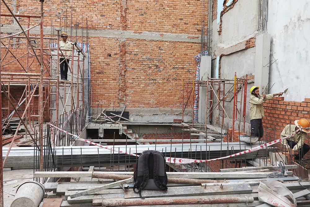 Công tác chuẩn bị đổ sàn lầu 2 góc view 2