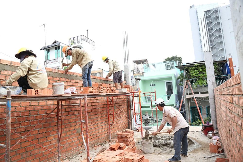 Công tác xây tường bao lầu 1 view 3
