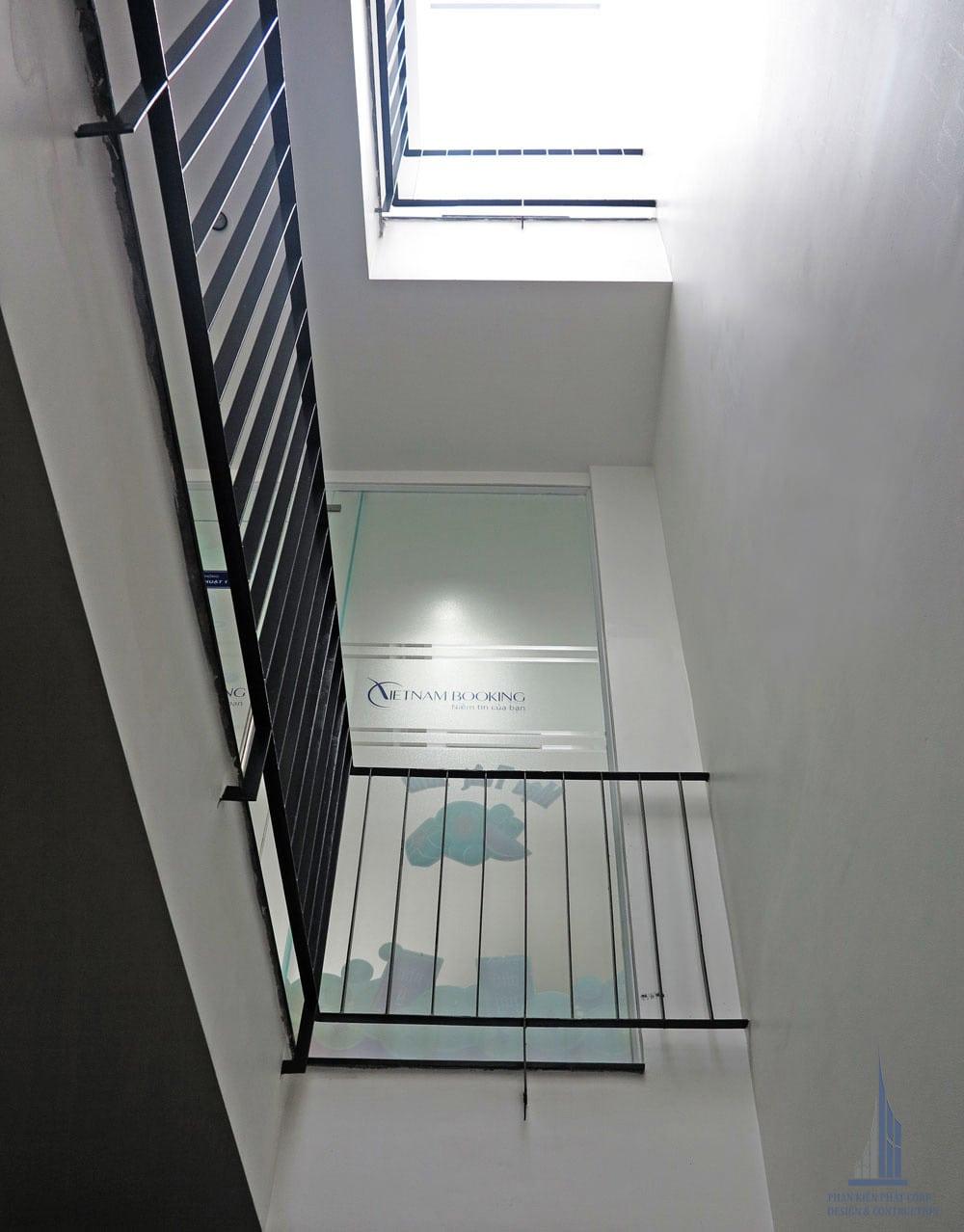 Công trình nhà phố hiện đại 5 tầng diện tích 4x15m góc view 6