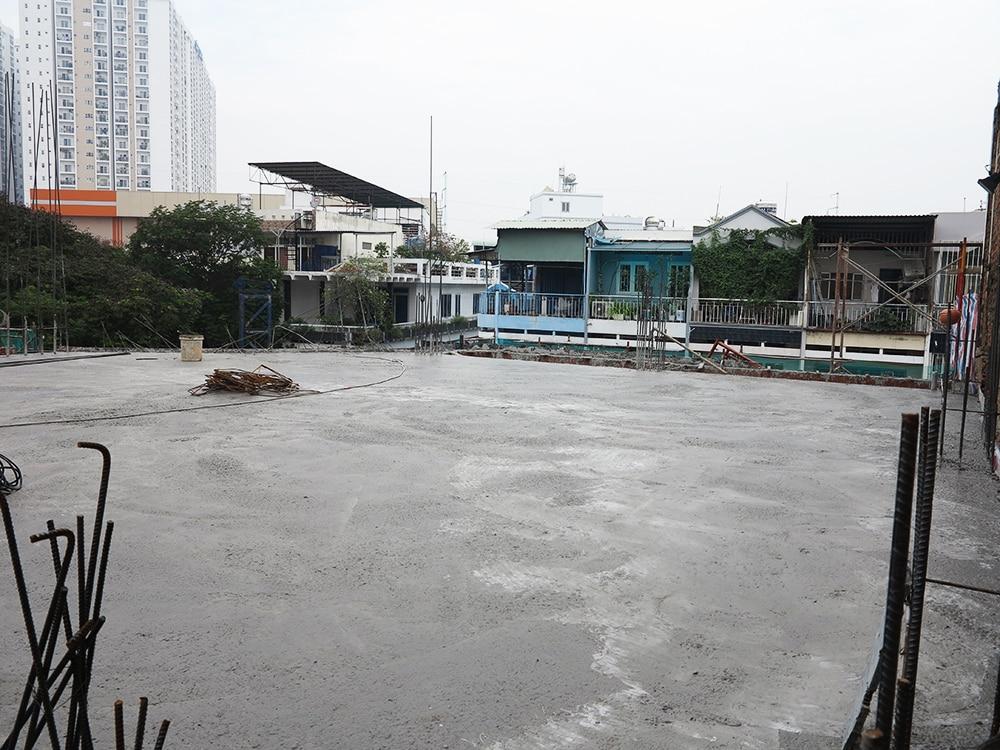 Công trình sau khi đổ sàn lầu 4 view 2