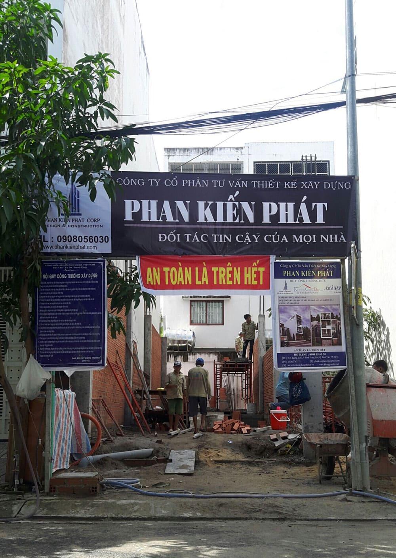 Giai đoạn xây tường nhà anh Khoa Bình Tân