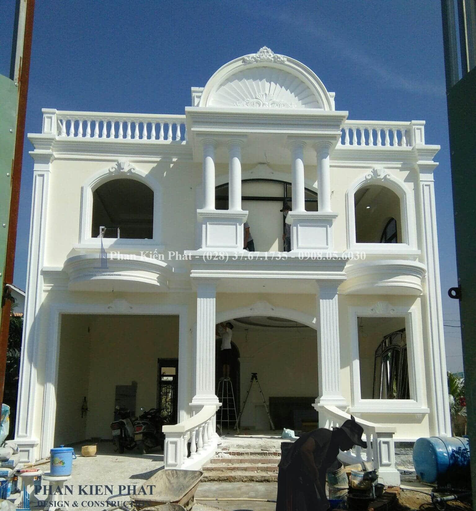 Hoan Thien Cong Tac Ngoai That V2-- công trình biệt thự cổ điển 2 tầng