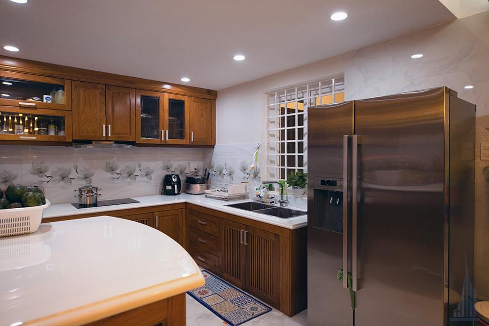 Không gian bếp và phòng ăn góc view 2