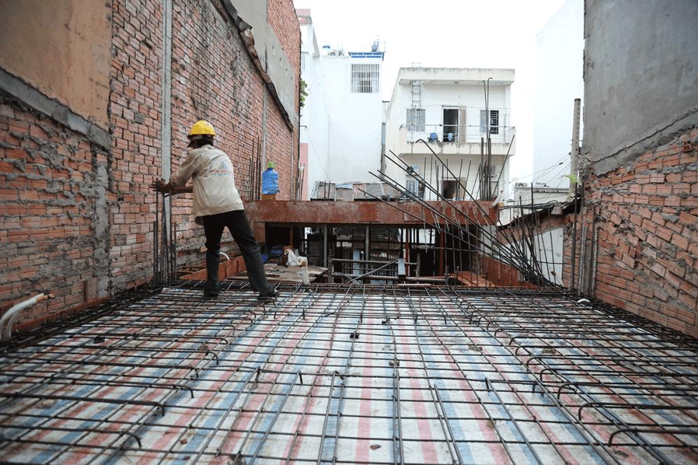 Kiểm tra công đoạn cuối trước khi đổ bê tông sàn tầng 1 view 1