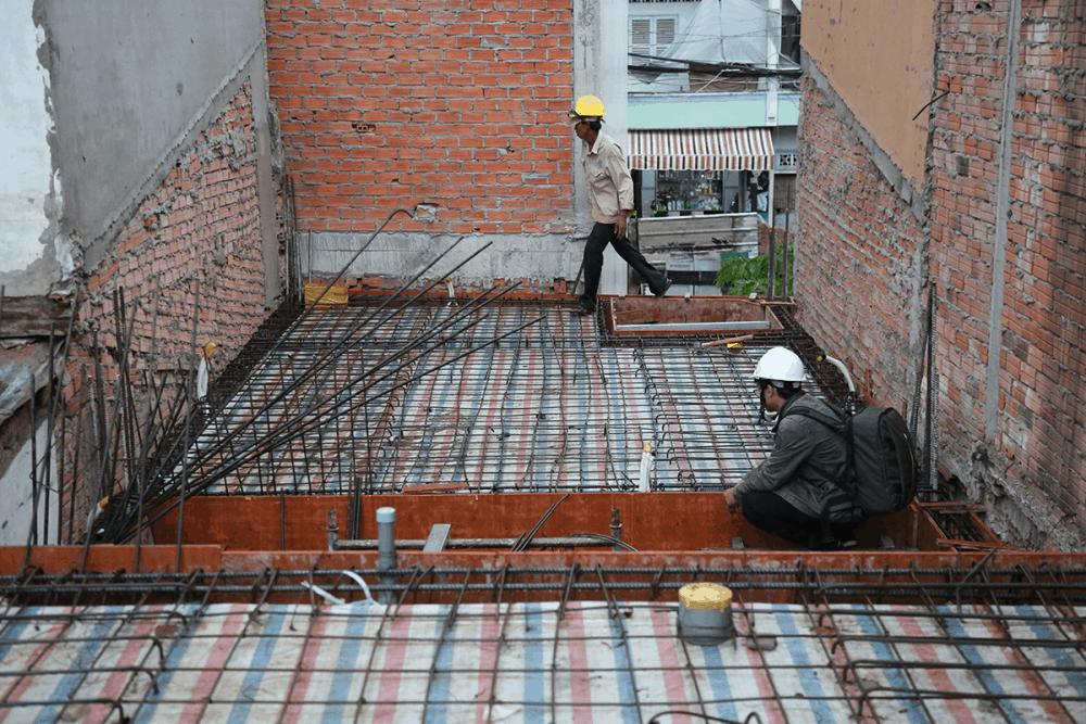 Kiểm tra công đọan cuối trước khi đổ bê tông sàn tầng 1 view 2