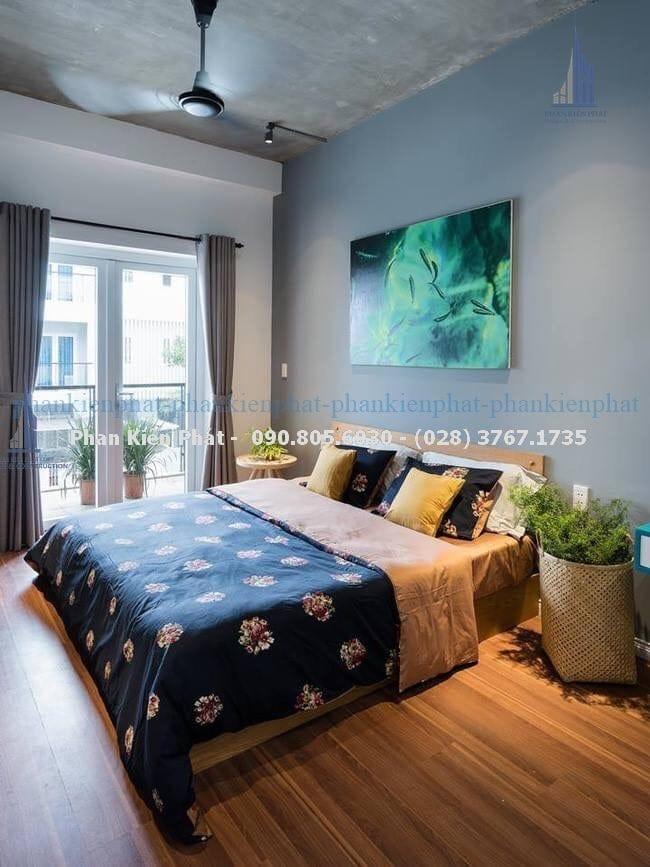Phòng ngủ master nhà phố đẹp phong cách bán cổ điển