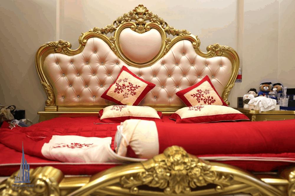 Giường ngủ được thiết kế sang trọng trẻ trung