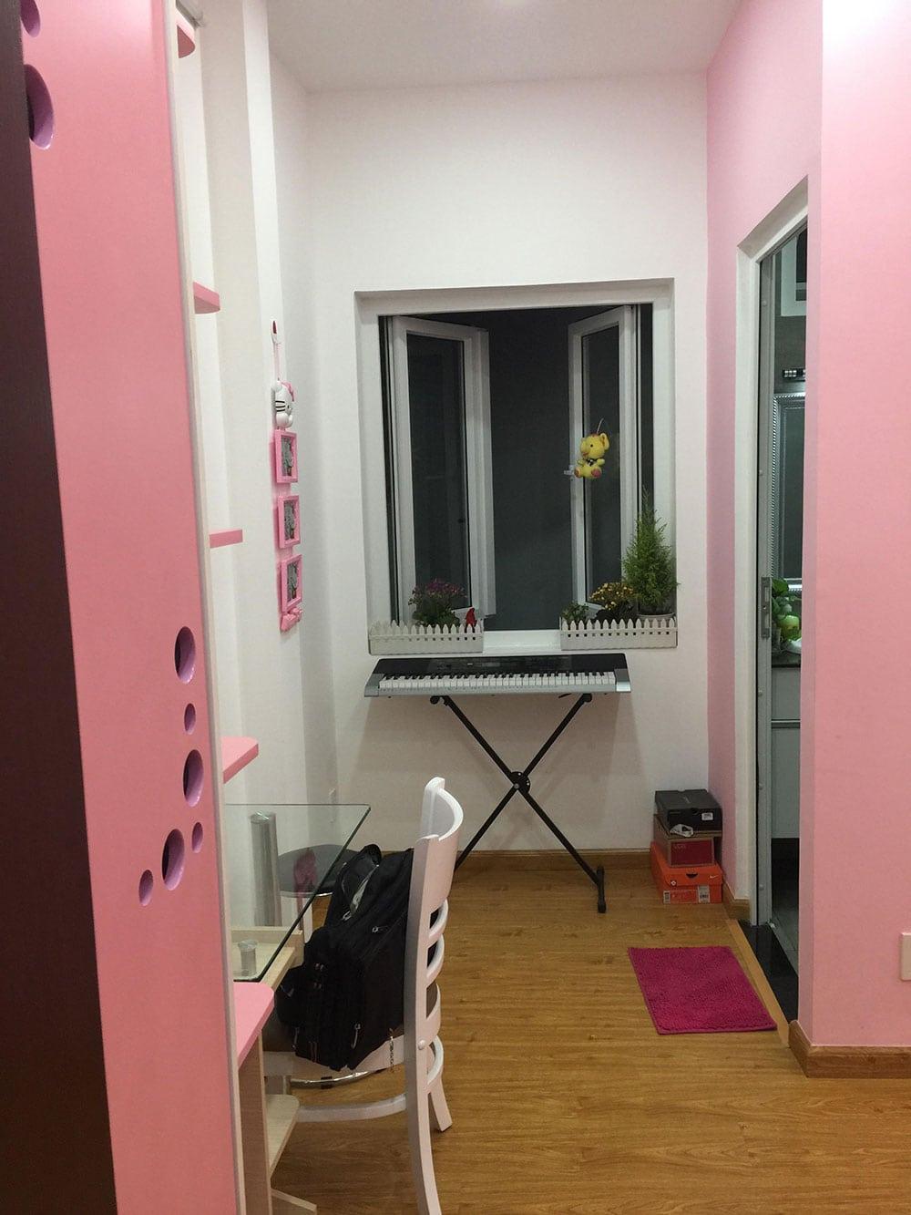 Phòng ngủ con gái góc view 3