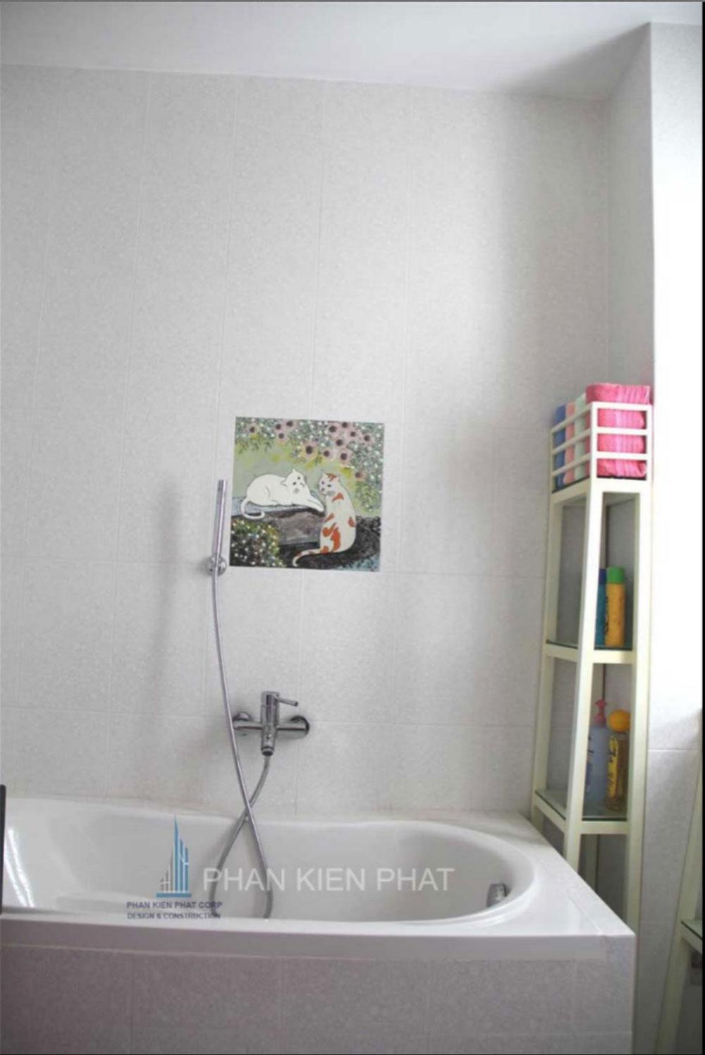 Phòng vệ sinh góc view 3