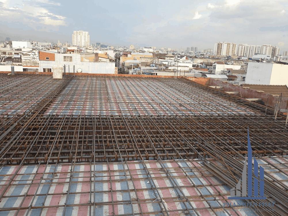 Sắt sàn tầng mái hoàn thiện chuẩn bị tối đổ bê tông