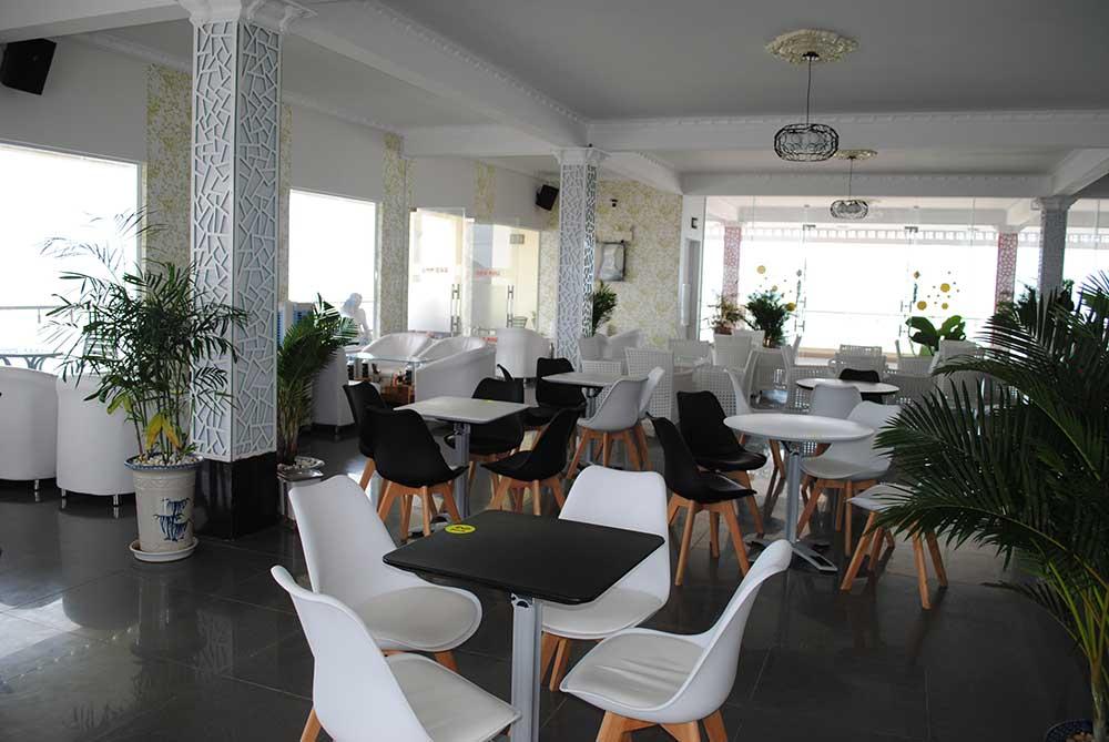 Tầng 2 cafe góc 6
