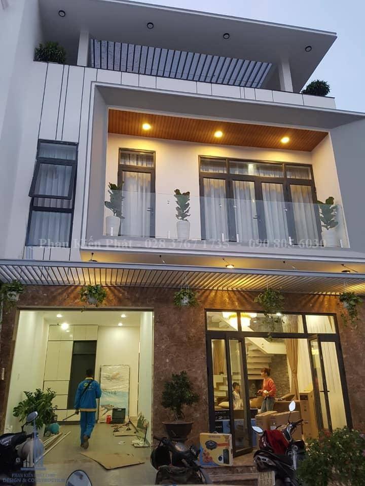 Cong Trinh Biet Thu Hien Dai Hoan Thien